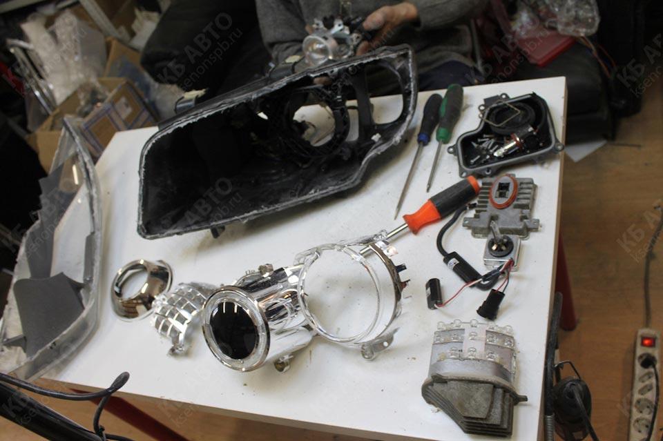 Компоненты омывателей стекол/фар — снятие и установка (БМВ 3 серия E46 : )