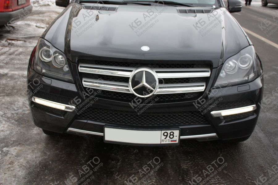 "<span class=""entry-title-primary"">MERCEDES GL (2011)</span> <span class=""entry-subtitle"">Покраска фар</span>"