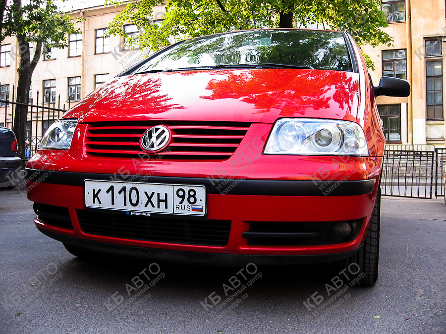 "<span class=""entry-title-primary"">VOLKSWAGEN SHARAN</span> <span class=""entry-subtitle"">Ретрофит оптики</span>"