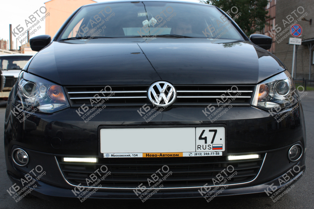 "<span class=""entry-title-primary"">VOLKSWAGEN POLO (2013)</span> <span class=""entry-subtitle"">Биксеноновые линзы и ДХО PHILIPS</span>"